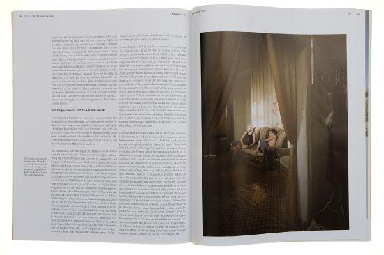 """<a href=""""http://www.bauwelt.de/ausgaben/bw_2009-36_333339.html"""" target=""""_blank"""" ><i>StadtBauwelt</i></a> Ausg. Sept. 2009 zum Thema <a href=""""http://sebastian-burger.de/photo/baku/photographs""""><i>Baku</i></a> mit vielen Bildern von mir<br> The urbanist magazin <a href=""""http://www.bauwelt.de/ausgaben/bw_2009-36_333339.html"""" target=""""_blank"""" ><i>StadtBauwelt</i></a> took in its Sept 2009 on <a href=""""http://sebastian-burger.de/en/photo/baku/photographs""""><i>Baku</i></a> a lot of my photos"""